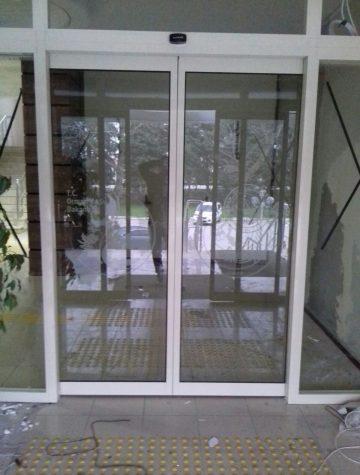 fark otomatik kapı